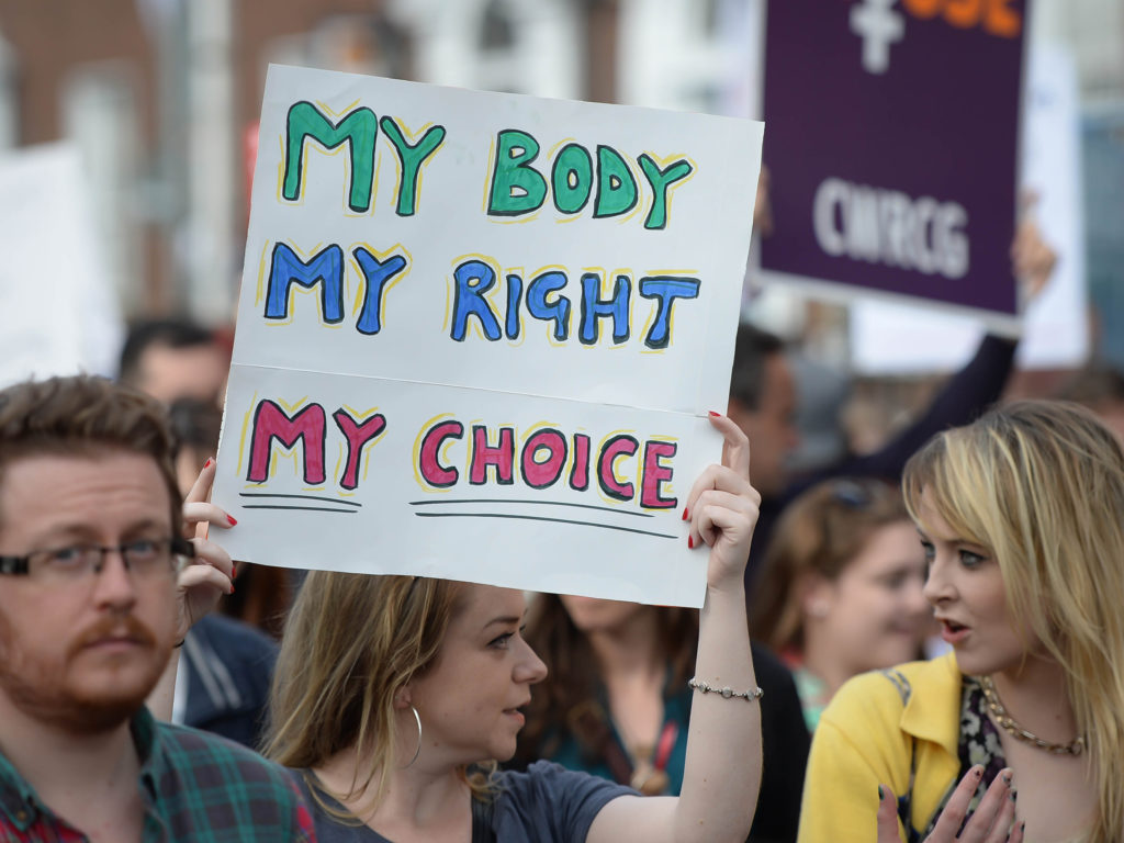 2-ireland-abortion-protest-rex